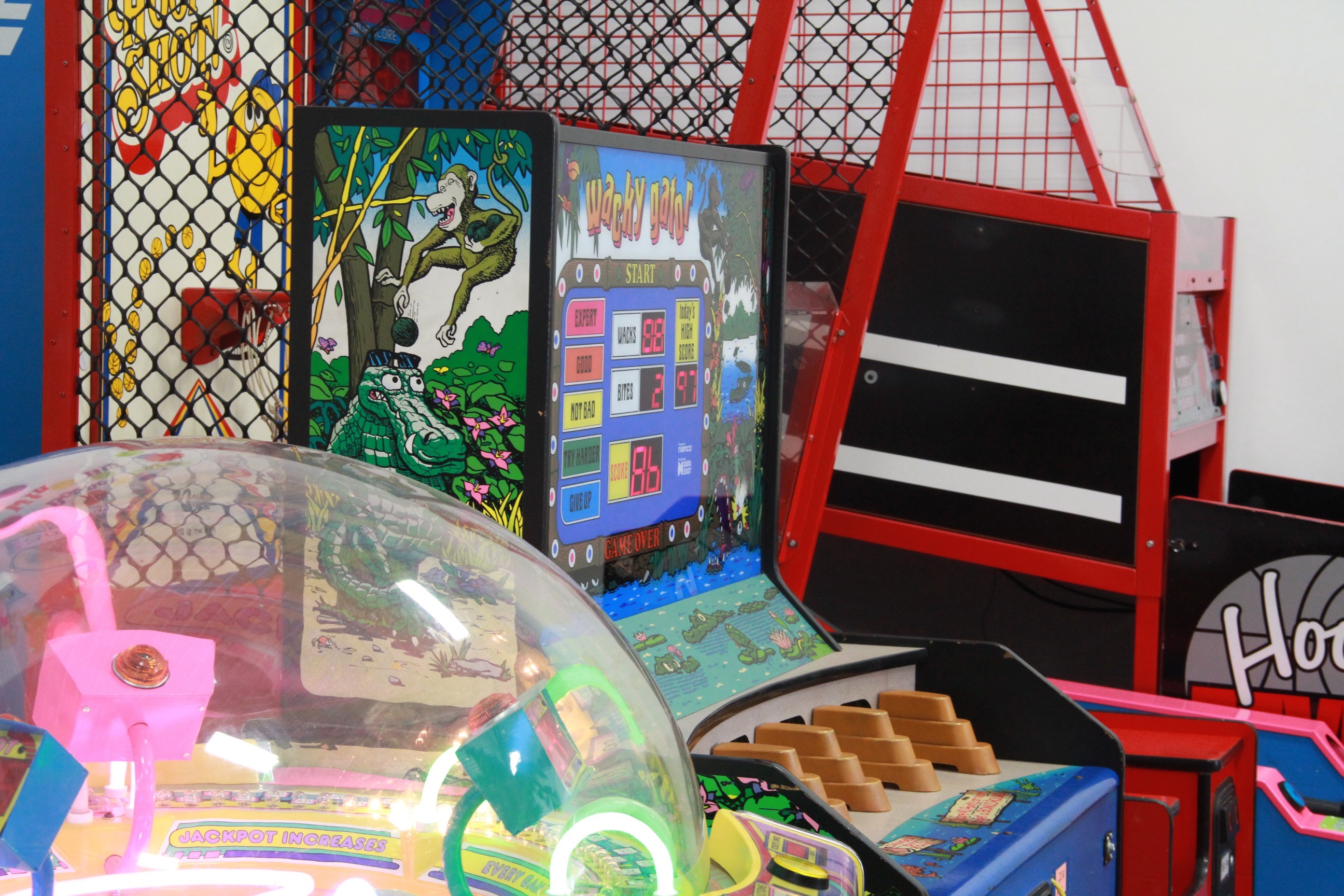 Arcade-games-at-big-bounce-fun-center
