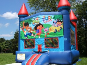 Big-Bounce-Rentals-Red-and-Blue-Castle-Dora-Theme-1