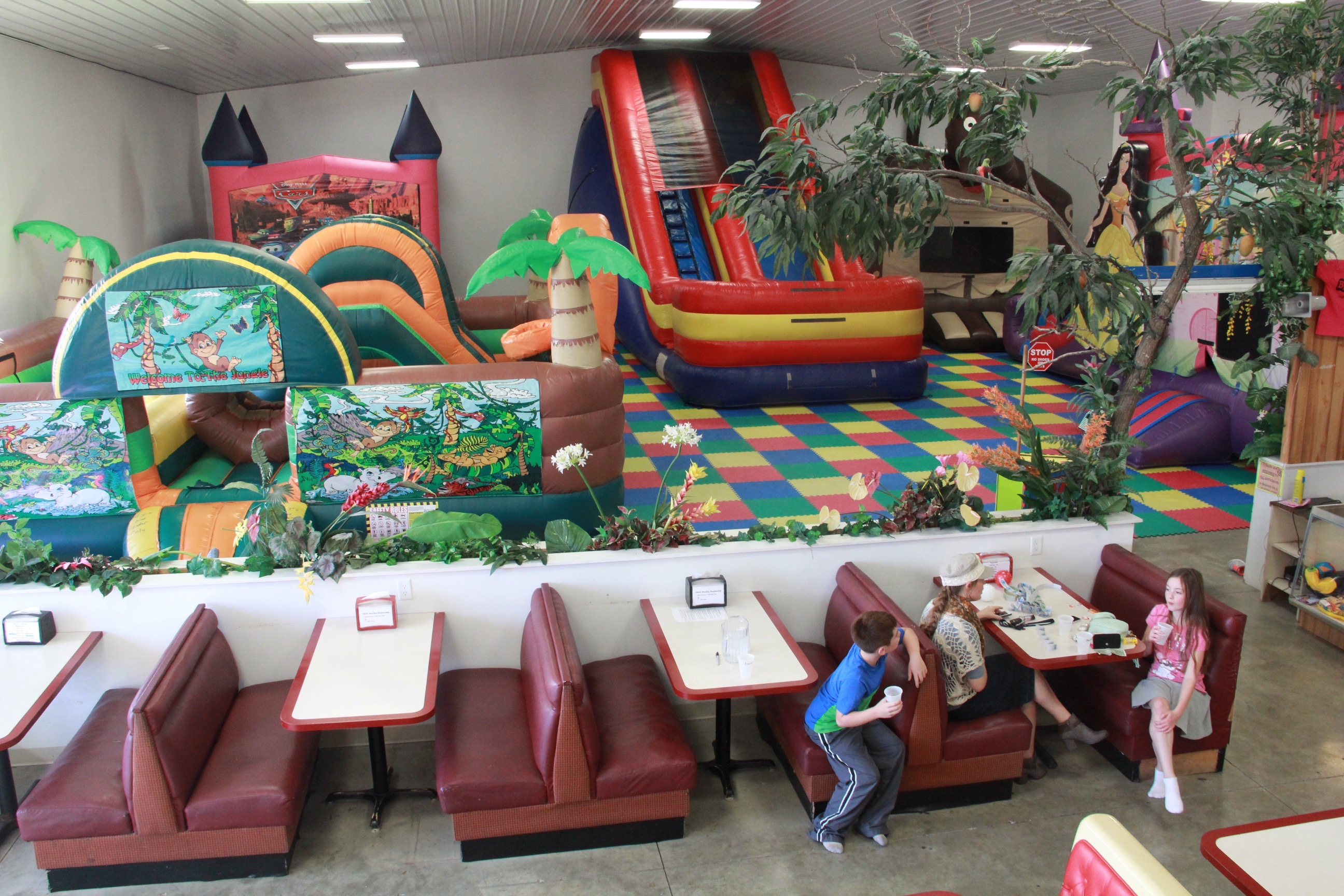 7500-square-foot-fun-center-new-castle-indiana