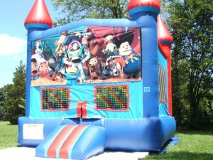 Big-Bounce-Rentals-Red-and-Blue-Castle-Toy-Story-Theme-1