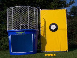 interactive-game-rentals-dunk-tank-1