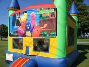 Big-Bounce-Rentals-Rainbow-Castle-Backyardigans-Theme-1