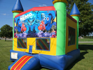Big-Bounce-Rentals-Rainbow-Castle-Finding-Nemo-Theme-1